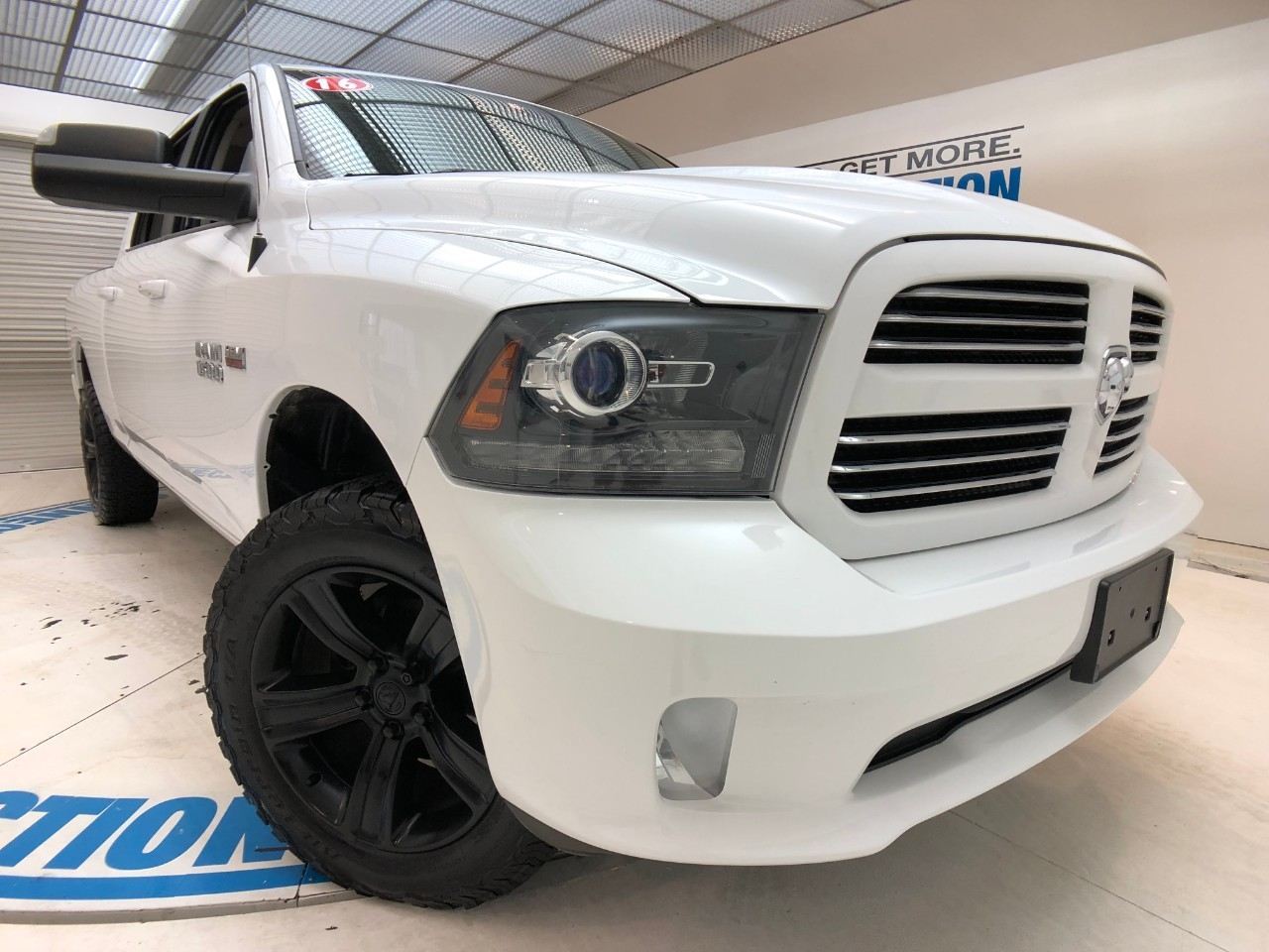 Pre-Owned 2016 Ram 1500 4WD CREW CAB 149 SPORT