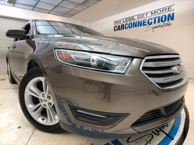 Pre-Owned 2016 Ford Taurus 4dr Sdn SEL AWD